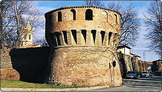 Castel Guelfo - Torrione angolare delle antiche mura